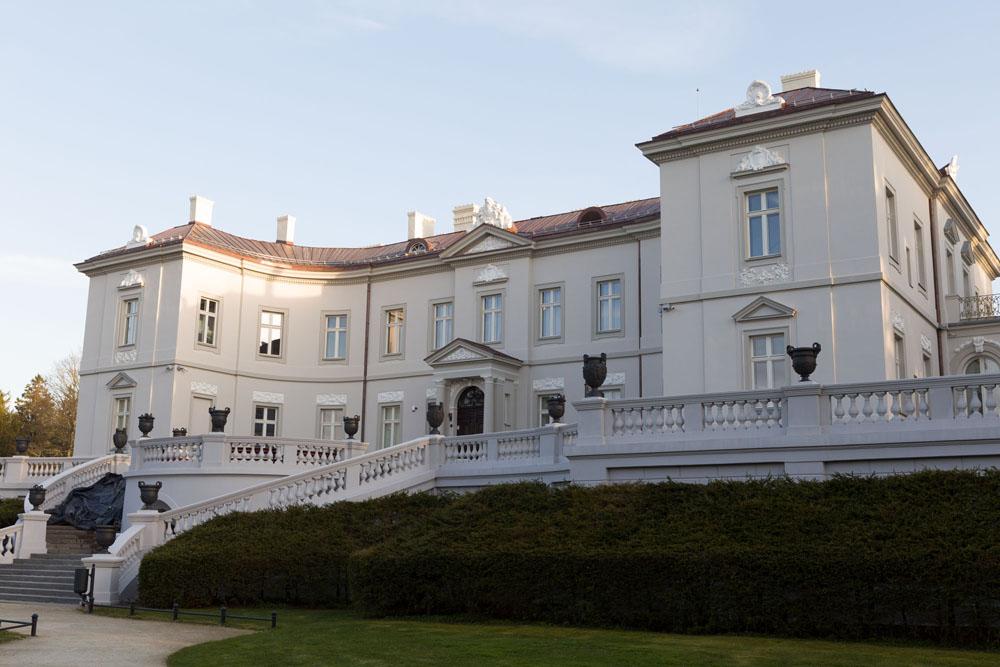 Restauruoti grafų Tiškevičių rūmai Palangoje. Nuotr. T. Kapočiaus