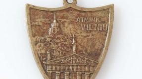 """Ženklas """"Atmink Vilnių.1323–1923"""". Žalvaris"""
