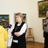 Parodos kuratorė Nijolė Nevčes...
