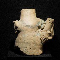 Moters figūrėlė. XIV–XVII a. L...