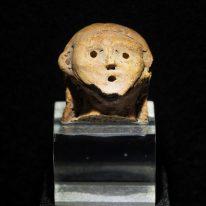 Moters statulėlės galva. IV tū...